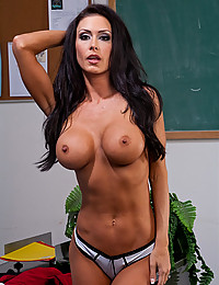 Teacher is a tasty temptress