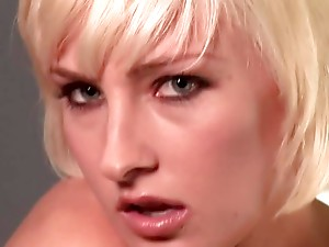 Felicia Taylor The Cute Cyber Girl Strips For The Camera
