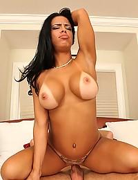 Mega perky boobs on fuck slut