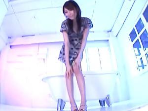 Alice Miyuki Enjoys A Nice Creamy Facial