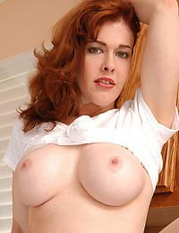 Redhead Milf Rubs Her Juicy Pussy