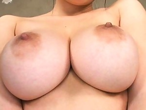 Anmi Hasegawa Pretty gal gives a titty fucking with her big tits