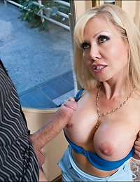 Milf desires throbbing cock