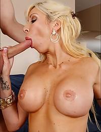 Amazing slut loves cock