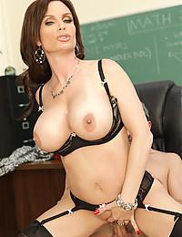 Exploring teacher pussy in class