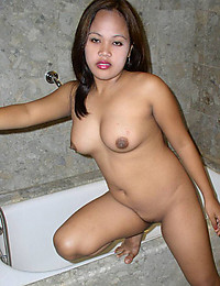 Curvy solo Asian naked