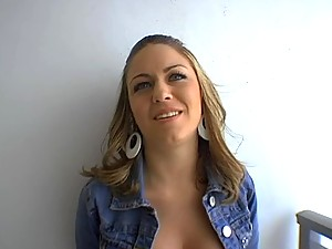 Jessie likes to get fucked from behind with doggystyle