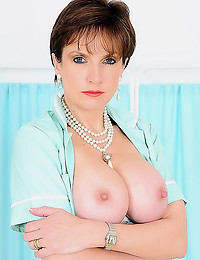 Milf in blue dress handjob