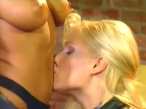 Strapon Action In Lesbian Sex Vid With Blonde and Redhead