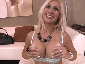 Latina MILF Gets her Pussy Finger Fucked in Lingerie