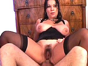 Double penetration of hairy milf