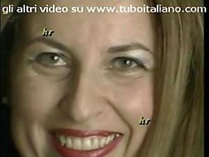 Italian Amateur Milf - La Casalingua