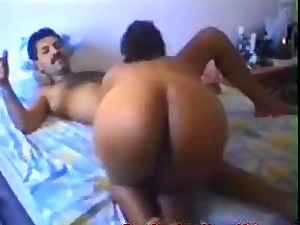 arab amateur couple homevideo - suck and fuck
