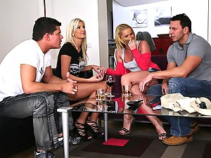 Horny Duo Enjoy Scorching Hot Foursome