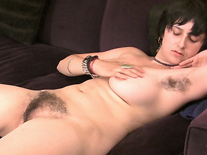 Feeling particularly horny, Sarah S does a strip dance. She pulls on her hairy underarms as she slowly takes off her top and pants and finishes completely naked and playing with her hairy pussy!