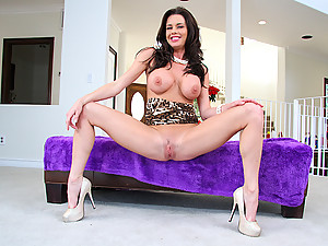 Pretty Veronica Impaled On Big Cock