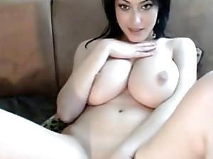 Webcam busty babe
