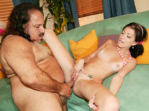 Porn Pros Network - Kenna Kane wants a pet fish but doesn't know much about them, so she asked the very old and wise Ron Jeremy, guru of many things to help her pick out a pet and help her get her pet between her legs wet! Of course Ron being the creepy o