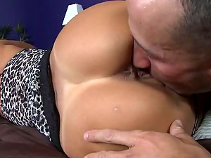 Stunning Brunette MILF Lezley Zen Gets Fucked and Receives a Facial